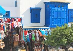 Tunisie. Sidi Bou Said. Au choix...