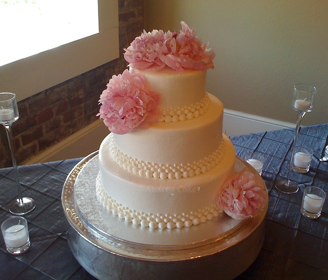 Peony Wedding Cake This elegant cake greeted the happy couple with