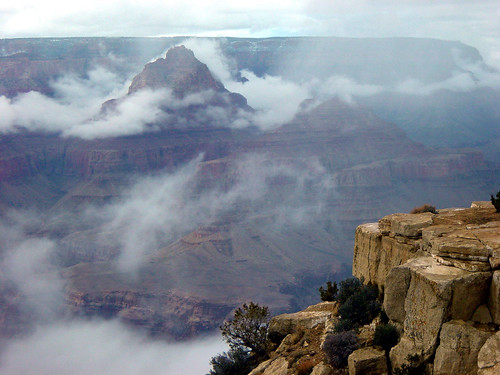 D7452 Grand Canyon_Winter Inversion from Lipan Point