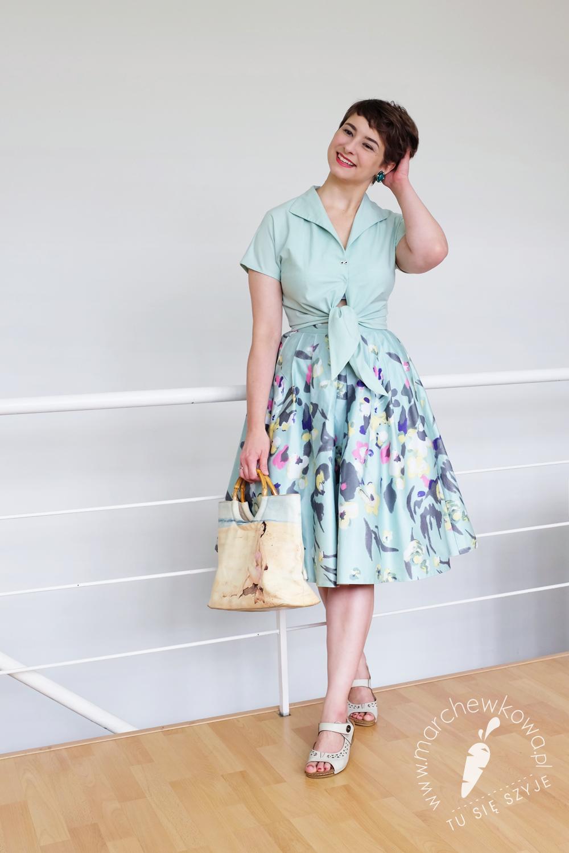 marchewkowa, blog, szycie, krawiectwo, Wrocław, moda retro, lata 50, rozkloszowana spódnica, przeróbka, kimonowe rękawy, bluzka z wiązaniem, 50s, vintage style, fashion, DIY, handmade, sewing, kimono sleeve blouse, refashioned skirt