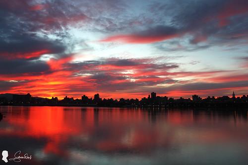 火燒雲 skyfire 台灣 台北 日出 忠孝碼頭 canon ef1740 taiwan taipei clouds sunrise sky 天空 倒影