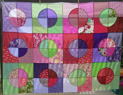 circle quilt top