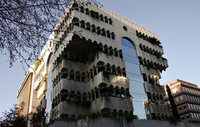 Edificio de 1979 de fernando higueras d az calle serrano - Calle serrano 55 madrid ...