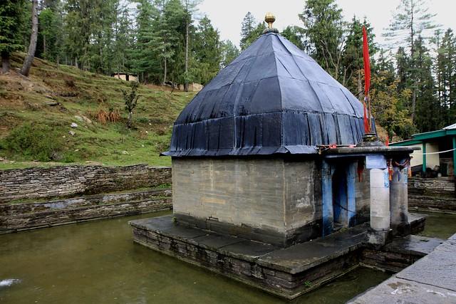 Giri Ganga khara pathar