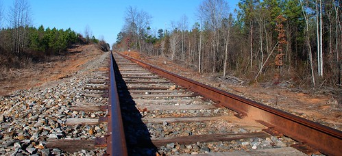 county railroad trees usa west sc america forest train point landscape us rust scenery steel south united union tracks southcarolina rusty railway carolina convergence states straight vanishing gravel oconee railroadtracks crossties westunion palmettostate