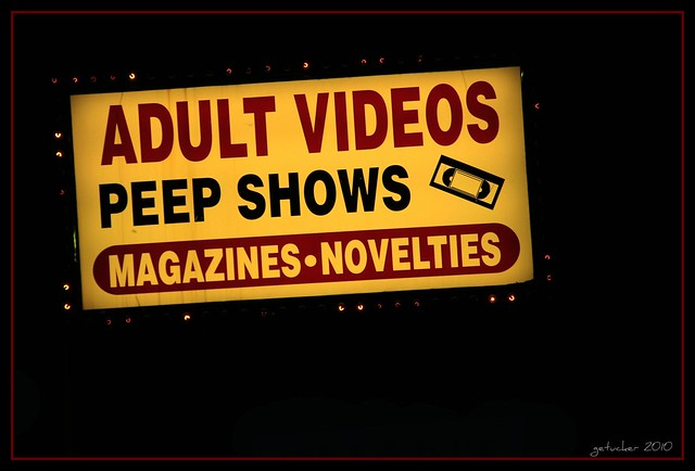 Adult Videos & Peep Shows Detroit, Michigan -