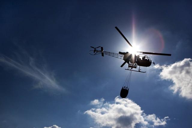 Elicottero Antincendio : Elicottero antincendio flickr photo sharing