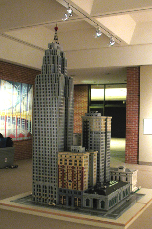 Penobscot block detroit michigan lego model displayed at for Center block house