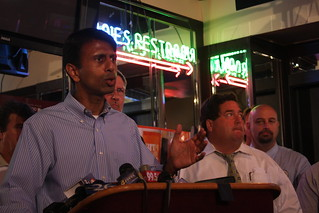 Governor Jindal Joins Local Officials, Restaurant Owners to Rally for Louisiana's Seafood Industry