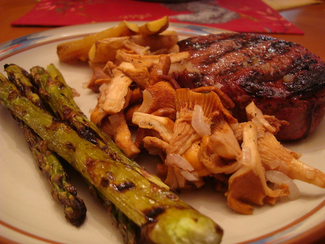 Sirloin Steak With Roasted Potatoes And Asparagus Recipes — Dishmaps