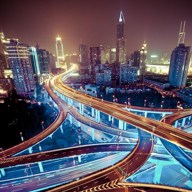 Shanghai, Yanan east interchange