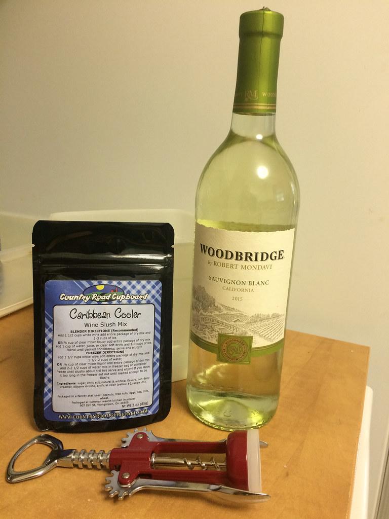 Country Road Cupboard Caribbean Cooler Wine Slushy with Woodbridge Sauvignon Blanc