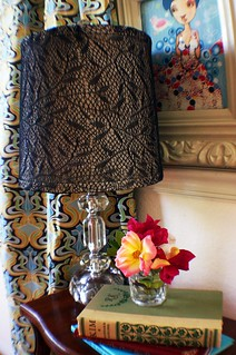 Upcycled tights: lampshade facelift