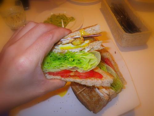 招牌火腿總匯三明治Club Sandwich