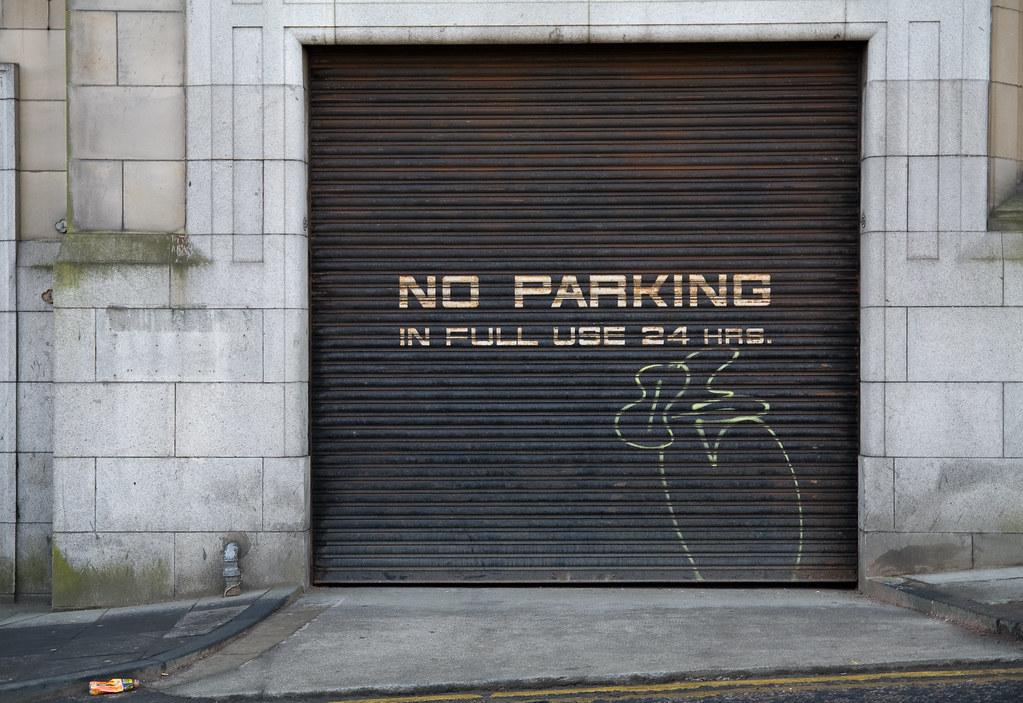 Garage Door Graffiti A Photo On Flickriver