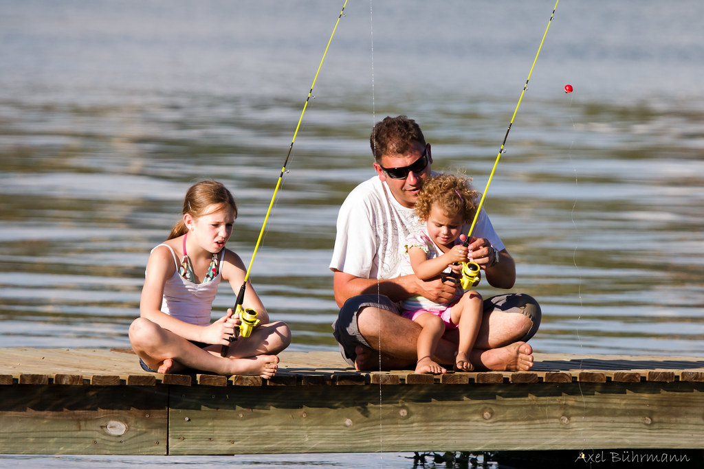 Dad and the girls fishing.....