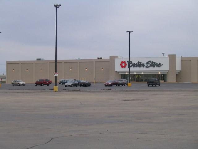 Beaver Dam Mall, 1/2:  Bost-Mart
