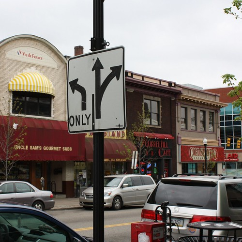 Squirrel Hill: Forbes Avenue