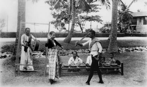 Native Filipino People Native Filipino Dance