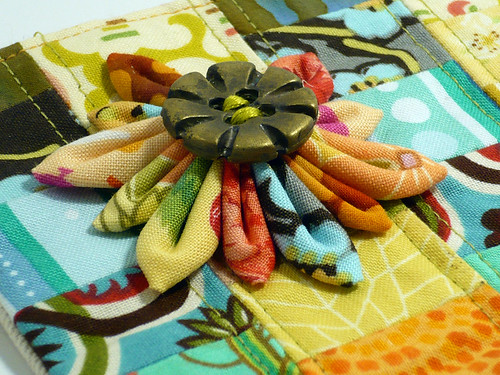Detail of Kanzashi on Summer Zipper Pouch
