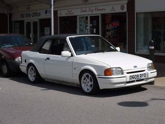 1987 ford escort mkiv 1 7 xr3i cabriolet a photo on. Black Bedroom Furniture Sets. Home Design Ideas