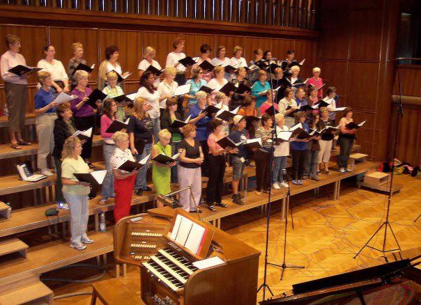 the southwest florida symphony chorus rehearse at salle de musique la chaux de fonds