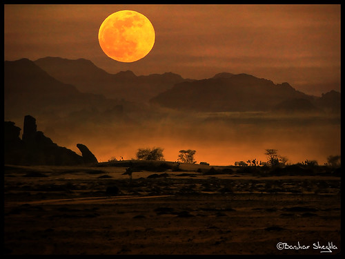 world africa moon mountain sahara misty photography wolf gallery desert photos top best explore most worlds dust popular libya frontpage the بدر libyen جبال وادي قمر akakus wolfmoon ليبيا líbia العوينات libië libiya impressedbeauty liviya الجماهيرية libija thebestofday gününeniyisi либия توارق saariysqualitypictures اكاكوس ливия լիբիա ลิเบีย lībija либија lìbǐyà libja líbya liibüa livýi λιβύη mygearandmepremium wolfmoon2010 thewolfmoon أضاد ايموهاغ هقار