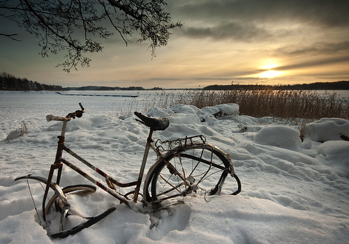 winter sunset snow cold ice reed bike bicycle espoo finland rantaraitti topseven tyrskyvuori artofimages bestcapturesaoi elitegalleryaoi aboveandbeyondlevel1 aboveandbeyondlevel2 aboveandbeyondlevel3