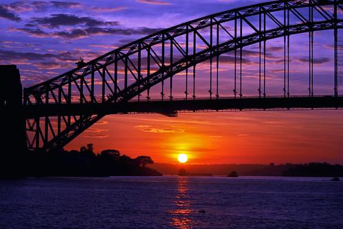 bridge sunrise wow interesting sydney australia icon iconic sydneyharbour fortdenison pinchgut youbeaut mygearandmepremium mygearandmebronze mygearandmesilver mygearandmegold