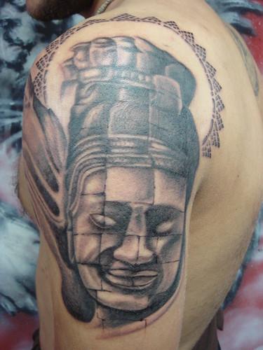 angkor wat statue dejavu tattoo studio chiangmai thailand find me a tattoo. Black Bedroom Furniture Sets. Home Design Ideas
