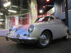 porsche 912(0.0), compact car(0.0), convertible(0.0), supercar(0.0), automobile(1.0), automotive exterior(1.0), porsche 356/1(1.0), vehicle(1.0), automotive design(1.0), porsche 356(1.0), porsche(1.0), subcompact car(1.0), city car(1.0), antique car(1.0), classic car(1.0), land vehicle(1.0), sports car(1.0),