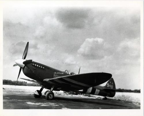 Spitfire MK XI MB 948 Oh Johnnie