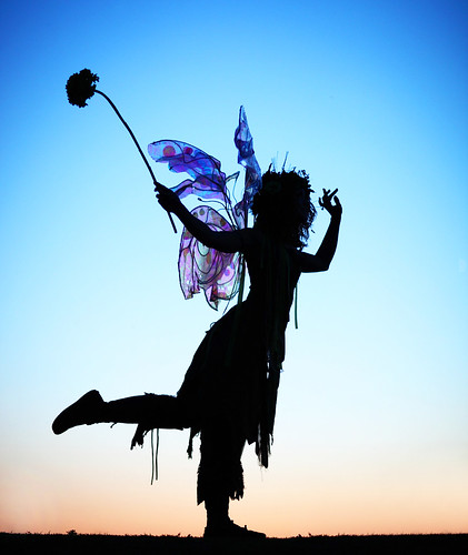 "beautiful silhouette hazzah twigthefairy arizonarenaissancefestival img7320 ""flickraward"" canonef85mmf12liiusmlens grantbrummett canon5dmarkiidigitalcamera 2010azrenfes scarboroughrenaissancefestivaltx"