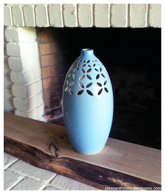 10 buck vase