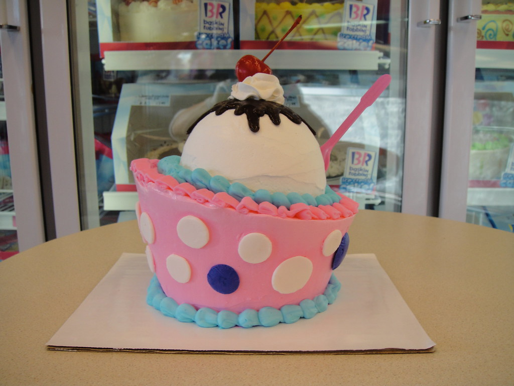 On White Ice cream cake 023 by Baskin Robbins in Greenhavens Ice