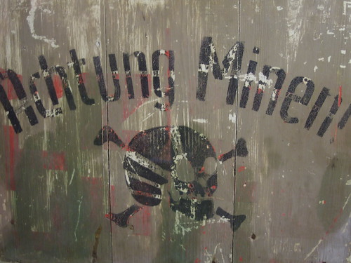 """Achtung Minen"" warning sign"