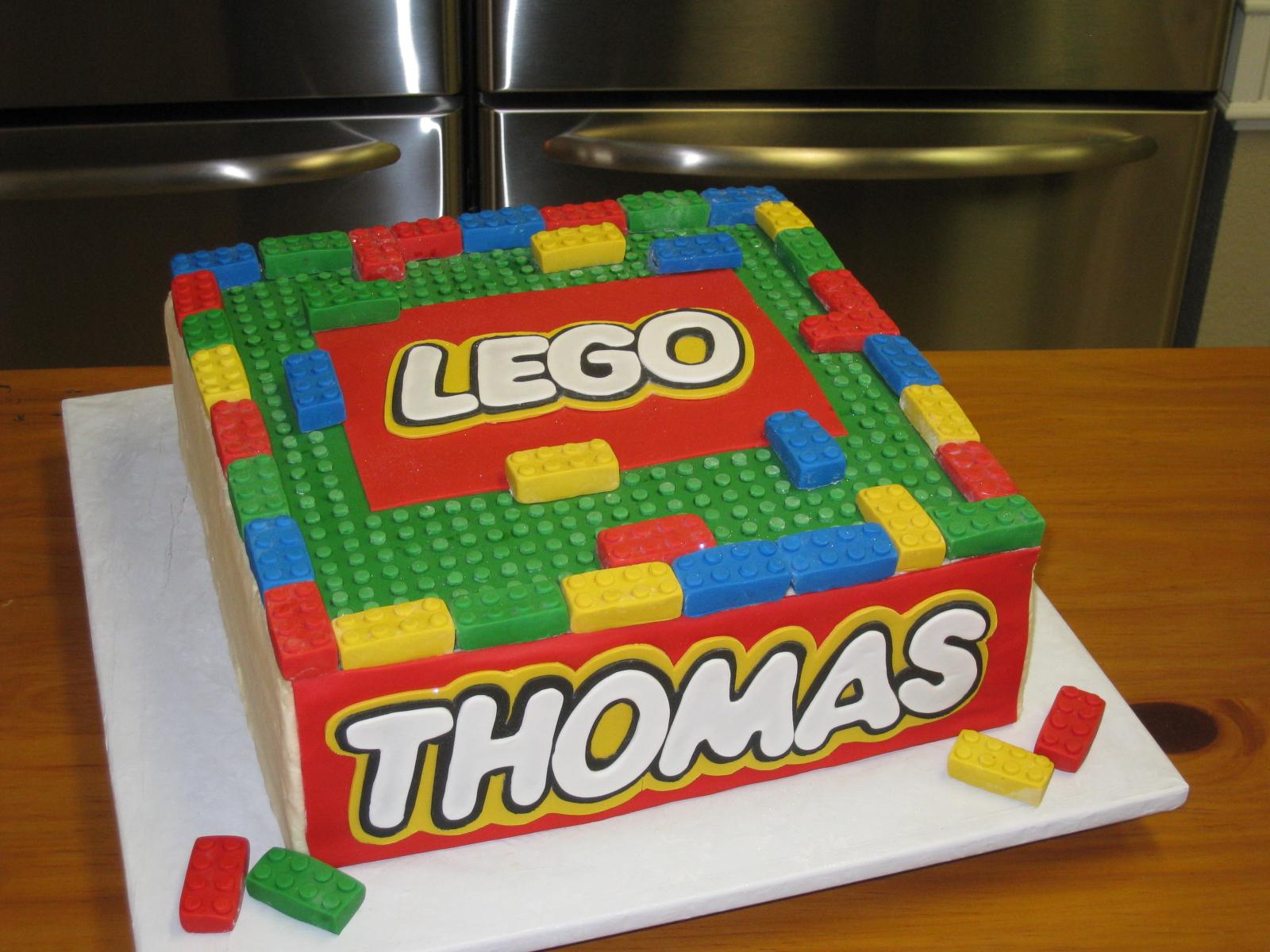 Lego cake   Flickr - Photo Sharing!