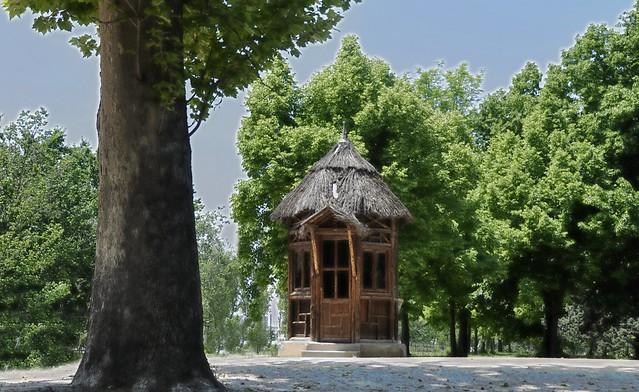 Aranjuez y sus jardines la casita del bosque flickr - Casitas del bosque ...