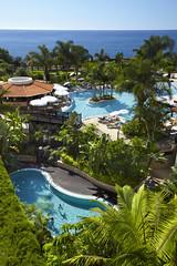 resort VILA PORTO MARE . Pools Overview