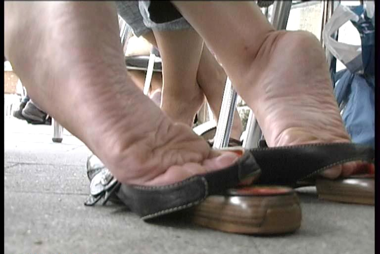 Candid soles shoe play 1 3