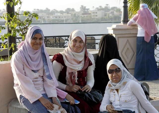 Modern Egyptian Girls   Flickr - Photo Sharing!