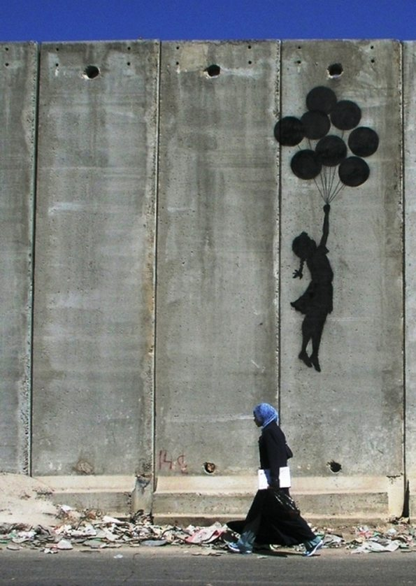 banksy-street-graffiti-art-10