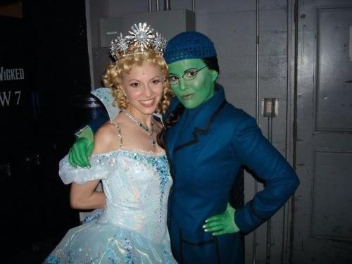 Elphie and Glinda backstage