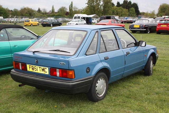 1989 ford escort gt headlight