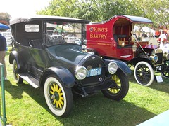 ford model a(0.0), ford model tt(0.0), automobile(1.0), wheel(1.0), vehicle(1.0), touring car(1.0), hot rod(1.0), antique car(1.0), classic car(1.0), vintage car(1.0), land vehicle(1.0), luxury vehicle(1.0), ford model t(1.0), motor vehicle(1.0),