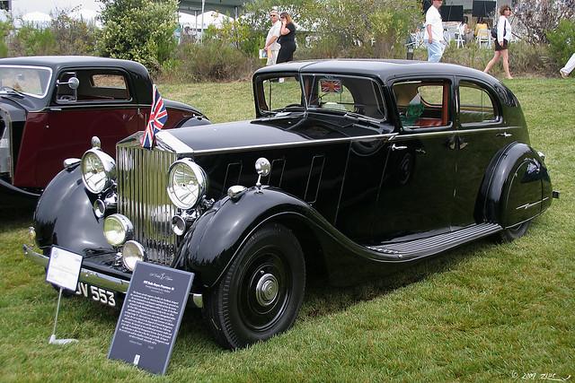 1937 Rolls-Royce Phantom III Touring Limousine - Mulliner - fvl