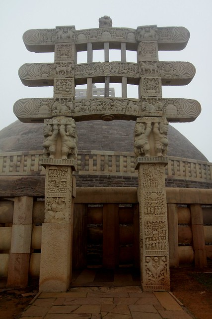 stupas of sanchi