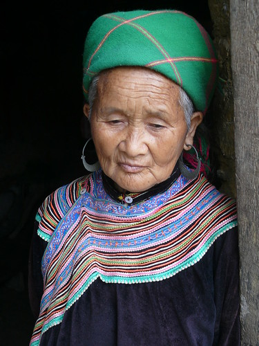 Hmong woman in Ban Pho