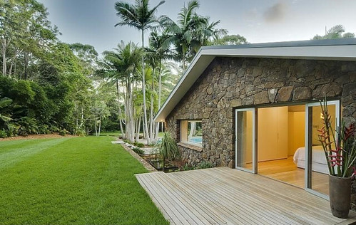 Casas de lujo byron bay australia taringa - House plans with pools outdoor sitting and beautiful garden ...