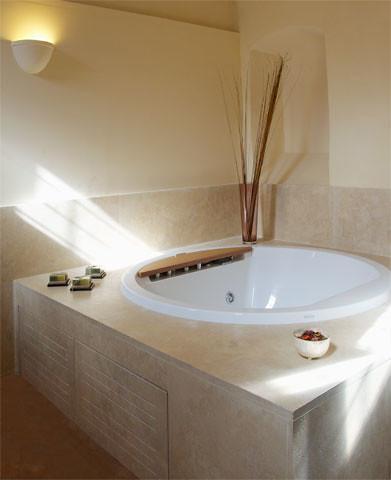 vasca idromassaggio  Flickr - Photo Sharing!